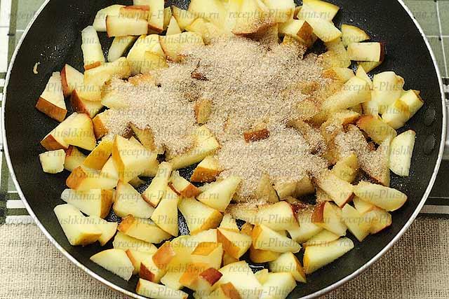 вкусный крамбл с яблоками