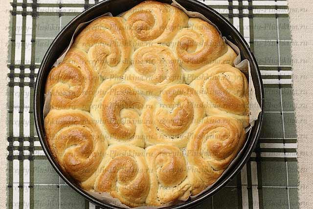 как испечь булочки на кефире в духовке