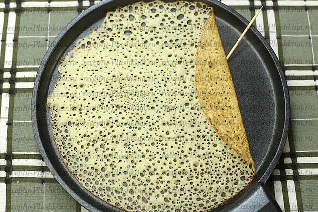 кружевные блины на кефире с кипятком