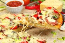 Быстрая и вкусная пицца на кефире без дрожжей