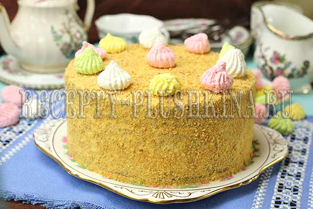 простой и вкусный бисквитный торт