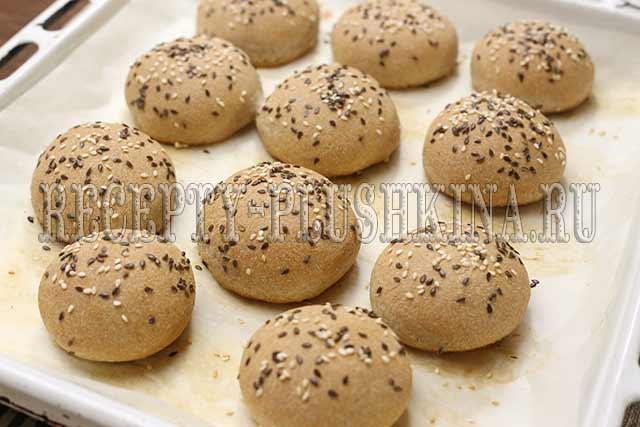 цельнозерновые булочки в духовке