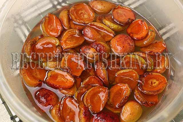 варенье из абрикосов целыми дольками