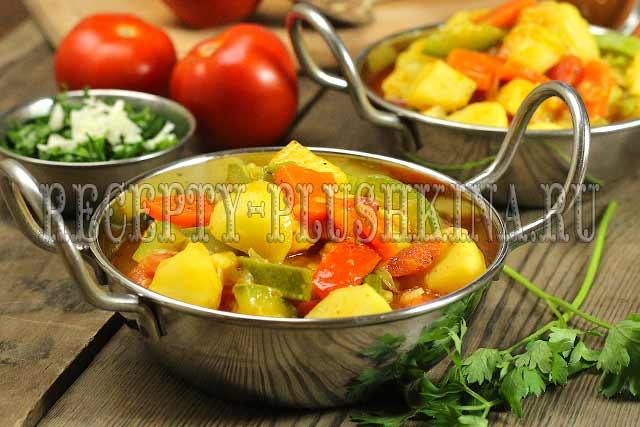Рагу из овощей с кабачками и картошкой и капустой