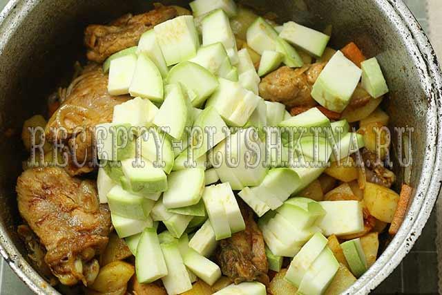 рагу с курицей, картошкой и овощами рецепт