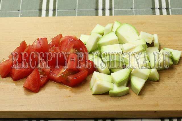 помидоры, кабачки для овощного рагу