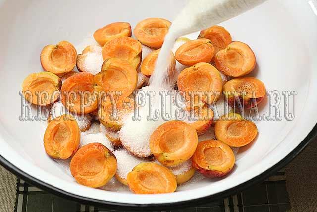 как сварить абрикосовое варенье с косточками