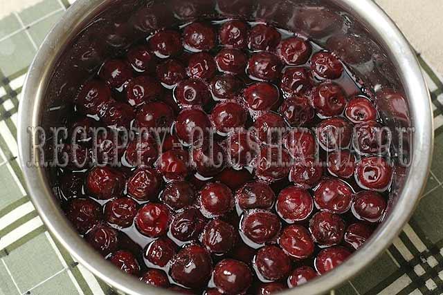рецепт варенья из вишни с косточкой