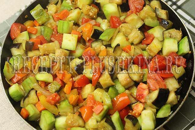 овощное рагу из баклажанов и кабачков