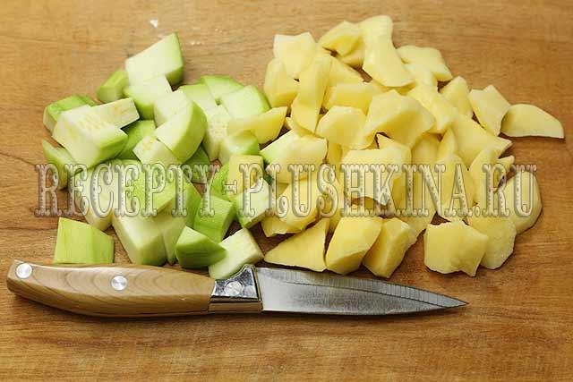 нарезали кабачки, картошку