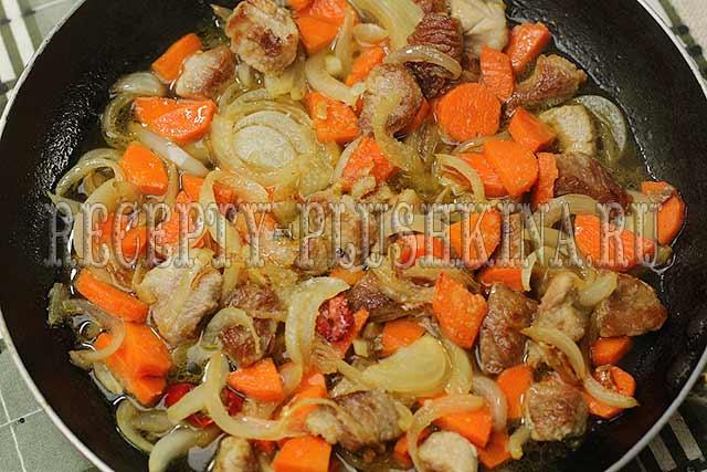 тушеная свинина с овощами