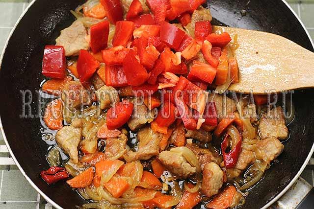 рецепт свинины с овощами на сковороде