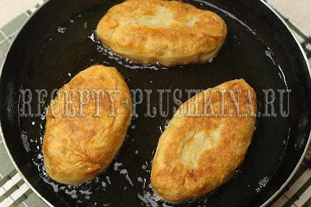 пирожки на кефире жареные на сковороде рецепт