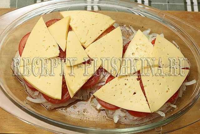 как приготовить филе куриное под сыром с помидорами в духовке