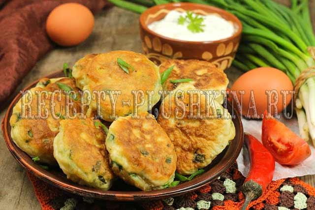пирожки ленивые с луком и яйцом