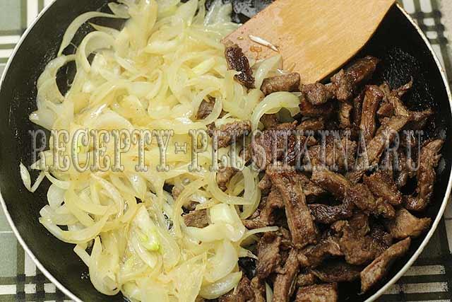 бефстроганов из говядины на сковороде