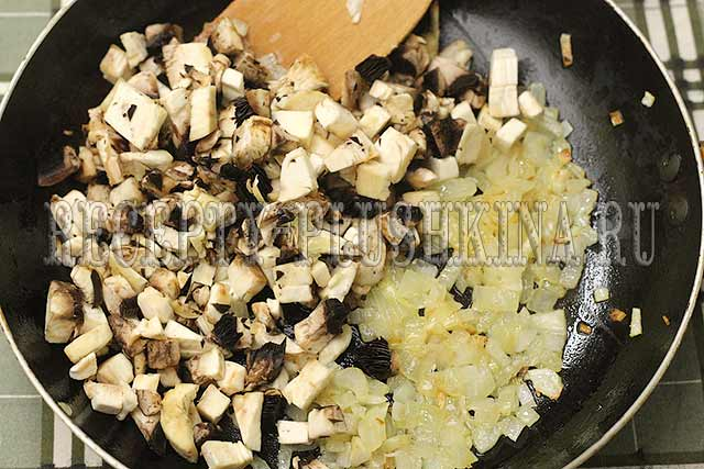 стожки из фарша с грибами