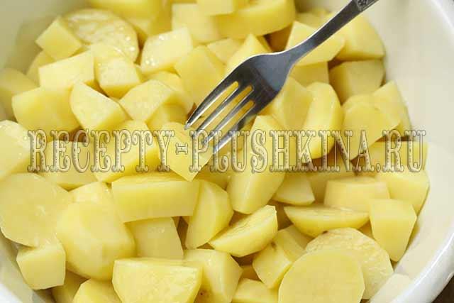 отварили картофель до полуготовности
