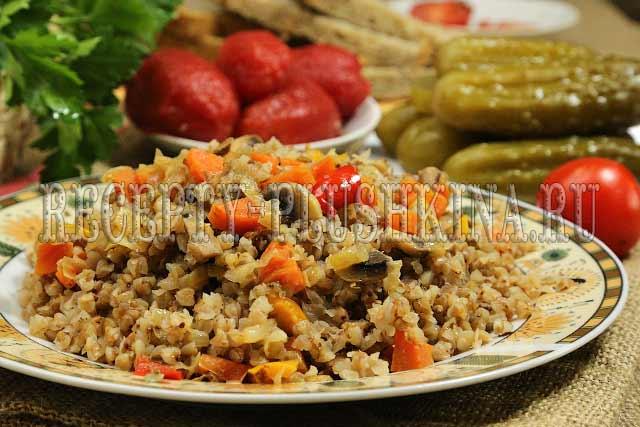 гречка с грибами и луком и морковью