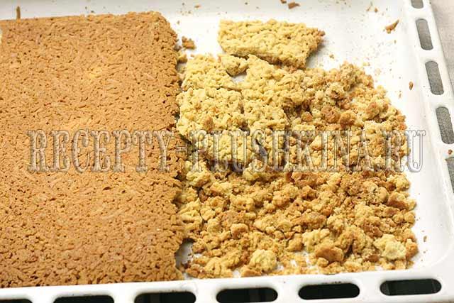 выпекаем тесто для торта Муравейник