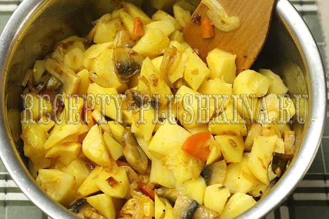 картошка тушеная с грибами рецепт с фото