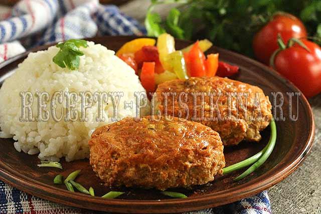 ленивые голубцы в духовке в томатно-сметанном соусе