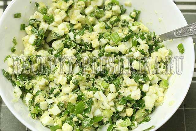 начинка из зеленого лука и яиц для жареных пирожков