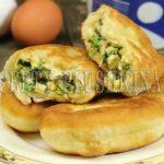 жареные пирожки с зеленым луком и яйцом рецепт