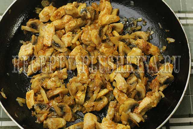 рецепт курицы с грибами в сливочном соусе