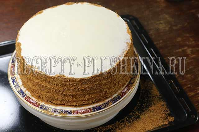 украшаем медовый торт