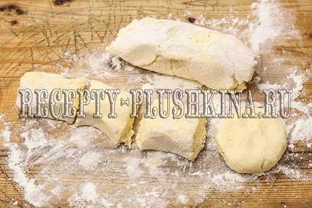 делаем заготовки для сырников